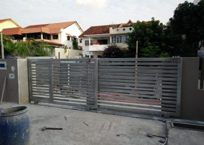 Sliding Gate At Jalan Sajak